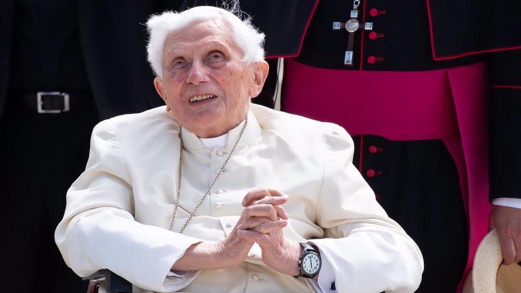 Benedicto XVI cumple 94 años, ocho como papa y los mismos como emérito