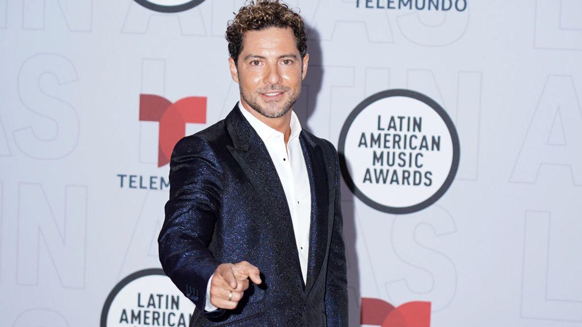 Bad Bunny arrasa, J Balvin se va de vacío y David Bisbal cantó con El Puma en los Latin American Music Awards