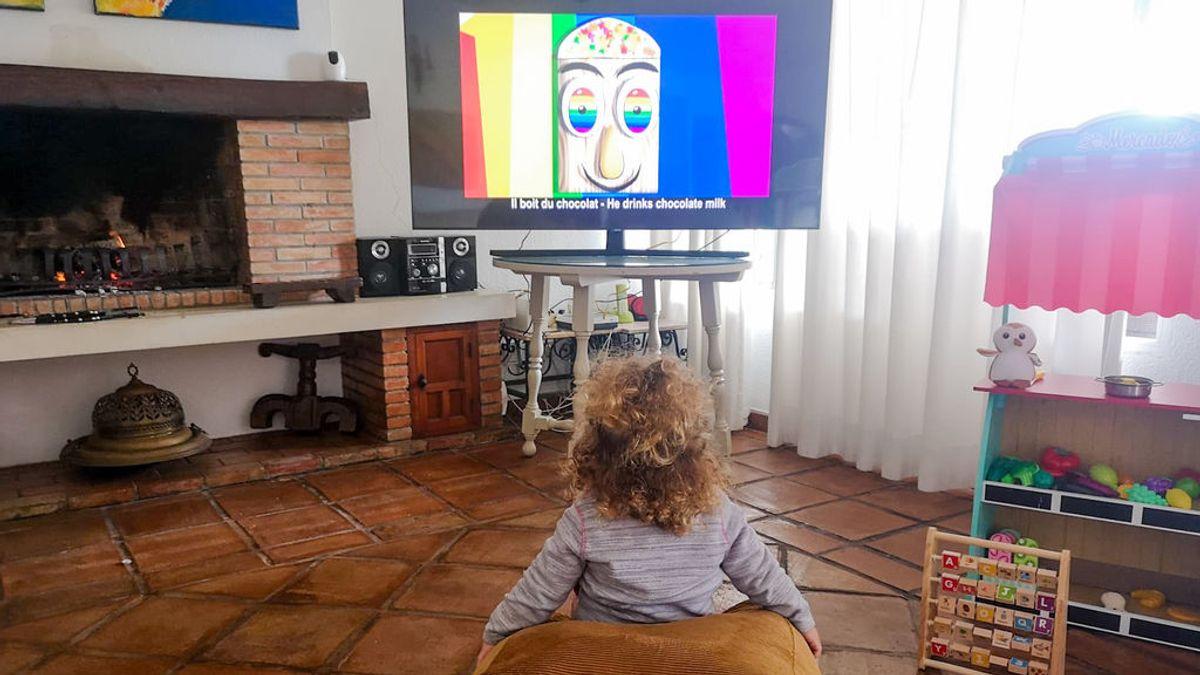 """Patricia Álvarez, filóloga: """"Los niños de países donde se ve la tele con subtítulos aprenden mejor otros idiomas"""""""