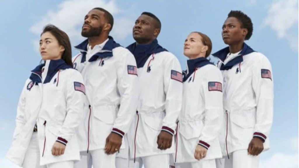Ralph Lauren presenta el uniforme con materiales sostenibles que llevará EE.UU. en la clausura de los JJ.OO.