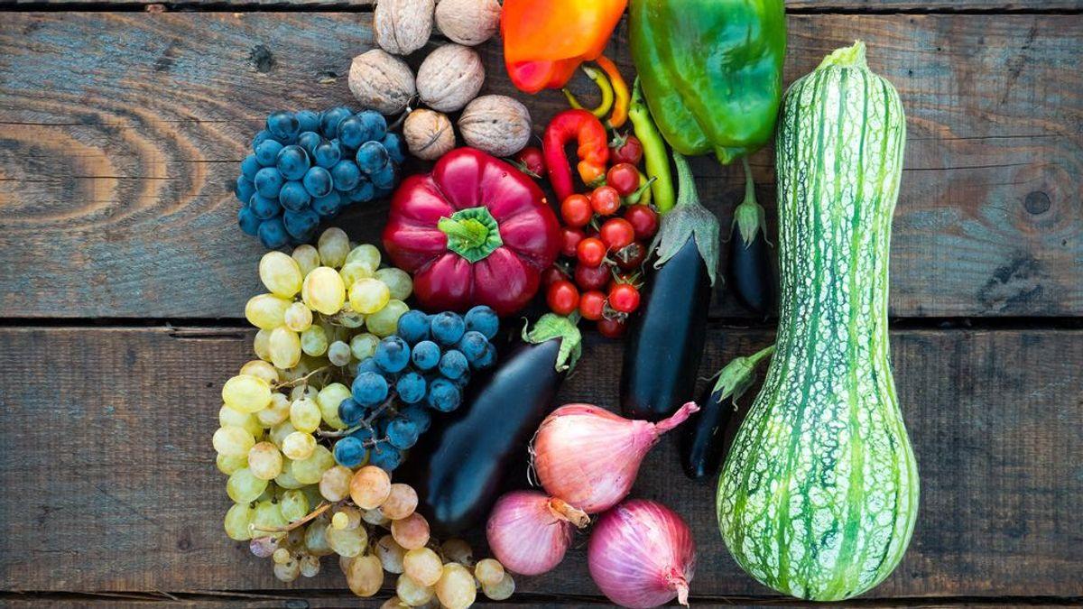 ¿Cuántas piezas de fruta y de verdura tengo que comer diarias para vivir más? Harvard responde