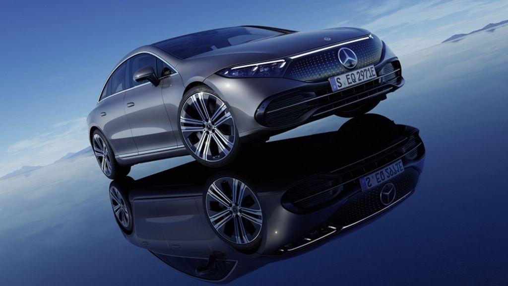 La conducción autónoma llegará a principios del año que viene a bordo del Mercedes EQS