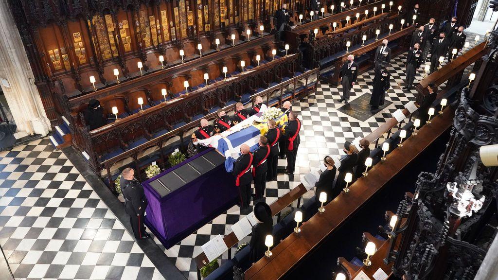 En directo: la familia real británica despide al duque de Edimburgo en el palacio de Windsor