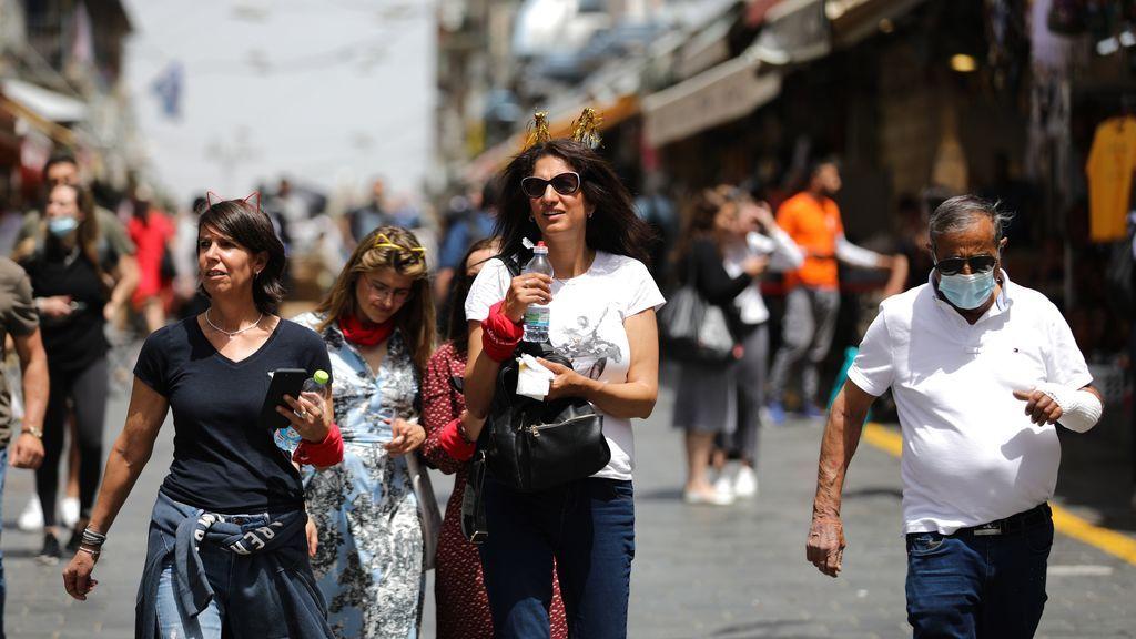 Israel se quita la mascarilla tras el éxito de su campaña de vacunación