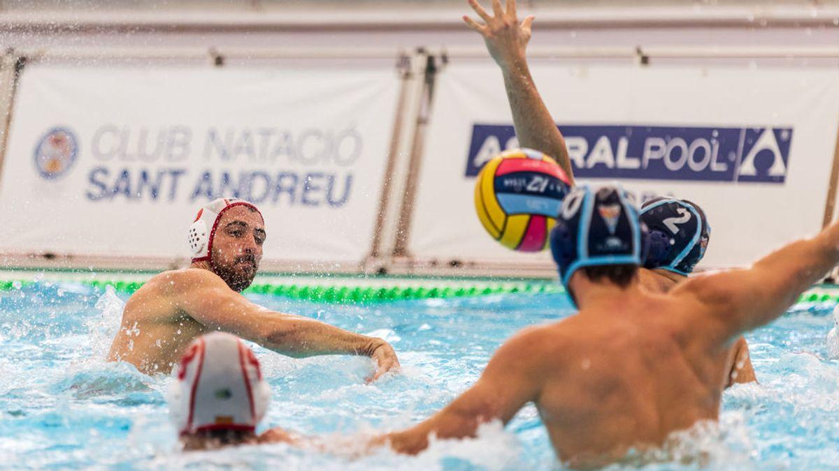 El waterpolista Víctor Gutiérrez acusa al serbio Nemanja Ubovic de dirigirle insultos homófobos durante un partido