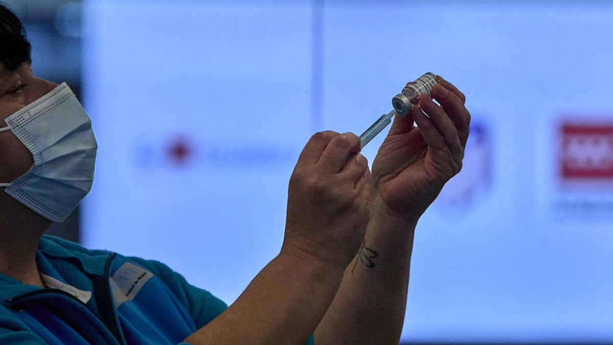 Sanidad propone retrasar la segunda dosis a menores de 79 años ante el repunte de contagios