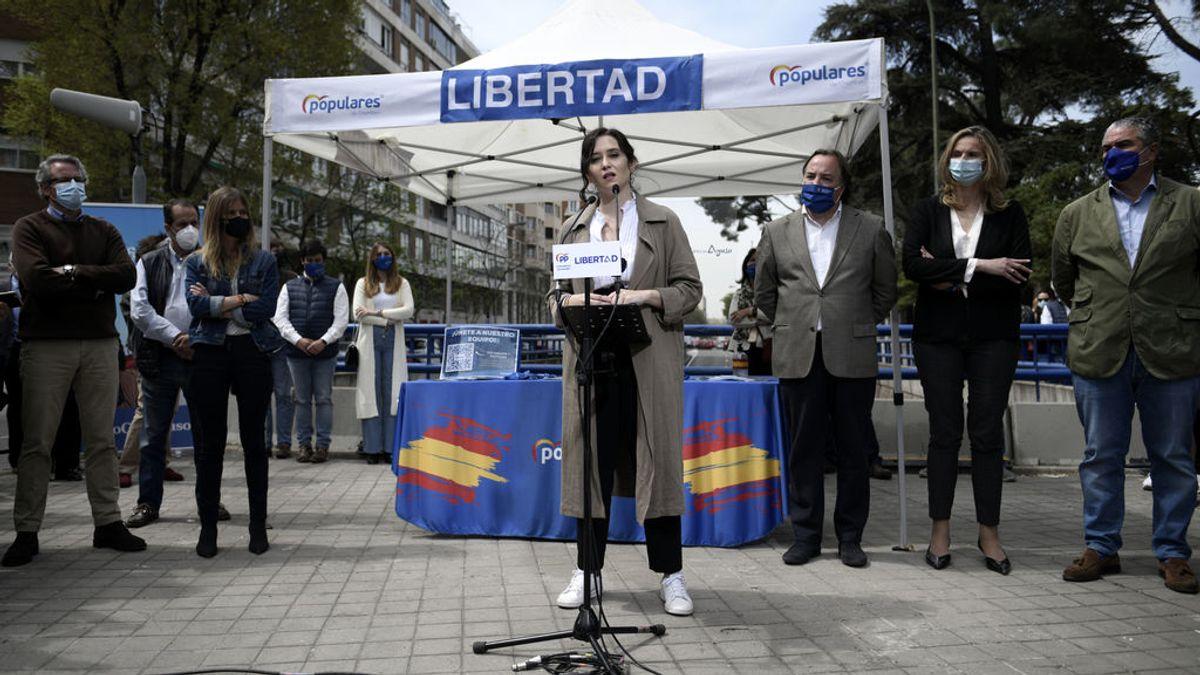 """Ayuso acusa a Gabilondo de hacer una campaña """"lamentable y mezquina"""" por hablar de muertos"""
