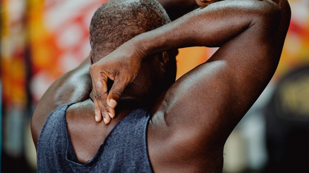 Cinco ejercicios con tu peso corporal para fortalecer tu espalda
