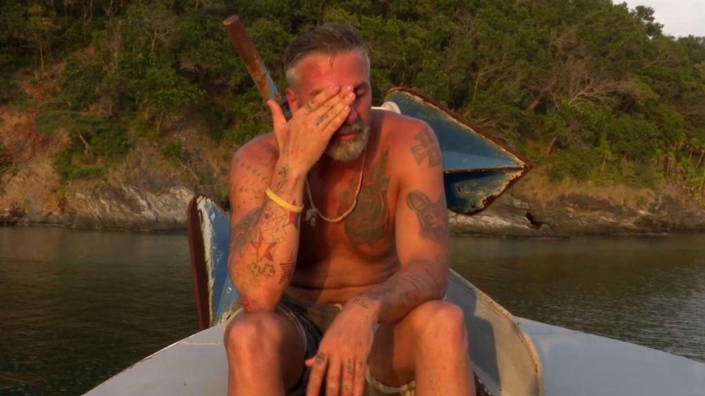 """Carlos se derrumba y llora desconsolado por volver al Barco Encallado: """"No sé qué estoy haciendo mal"""""""