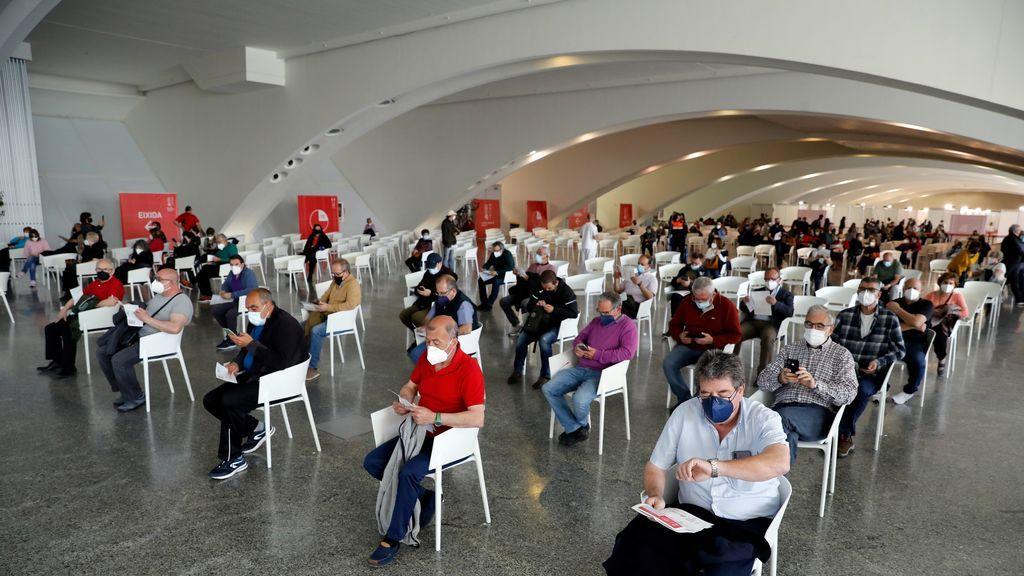 España logra inocular más de medio millón de vacunas por segundo fin de semana consecutivo