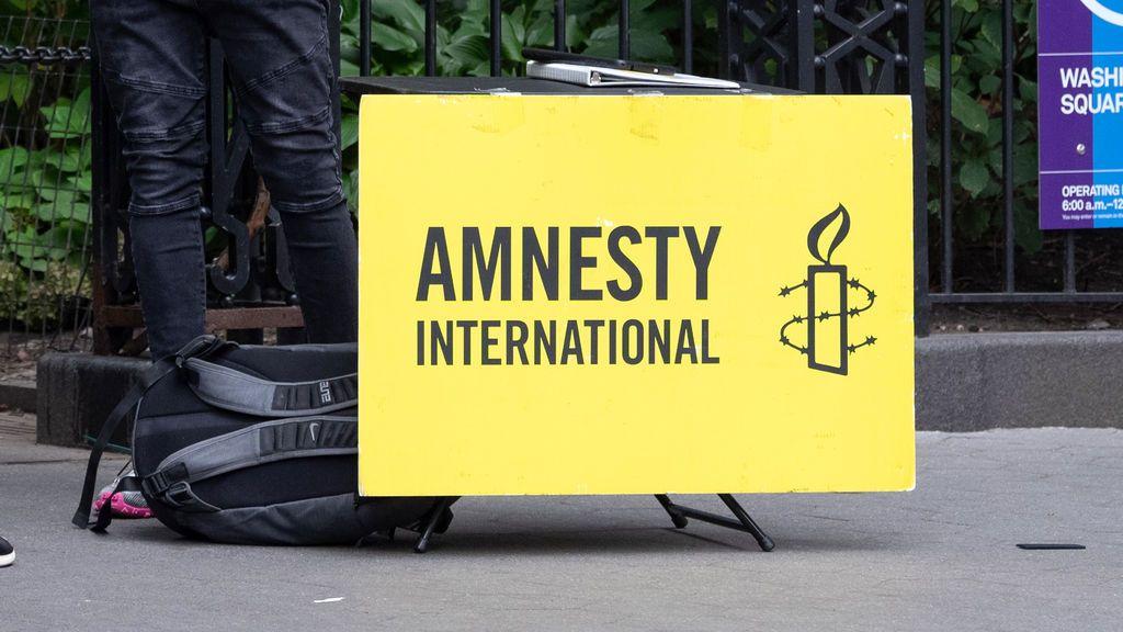 Empleados de Amnistía Internacional en Reino Unido denuncian discriminación racial