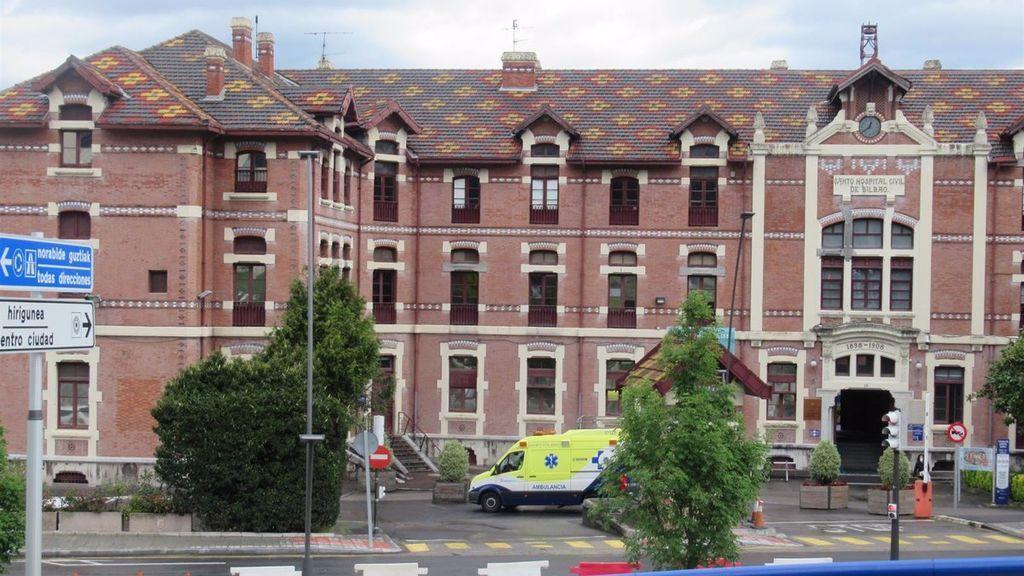 Tres de los principales hospitales vascos suspenden las operaciones no urgentes