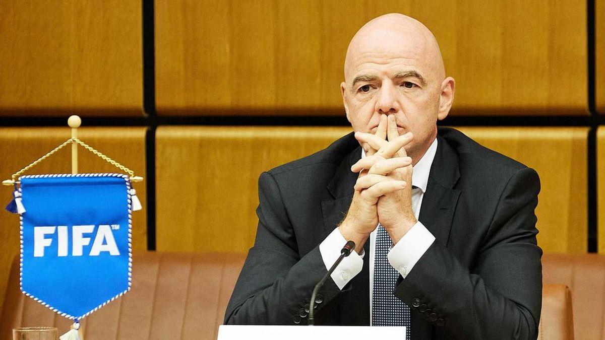 Infantino, presidente de la FIFA, en contra de la Superliga.