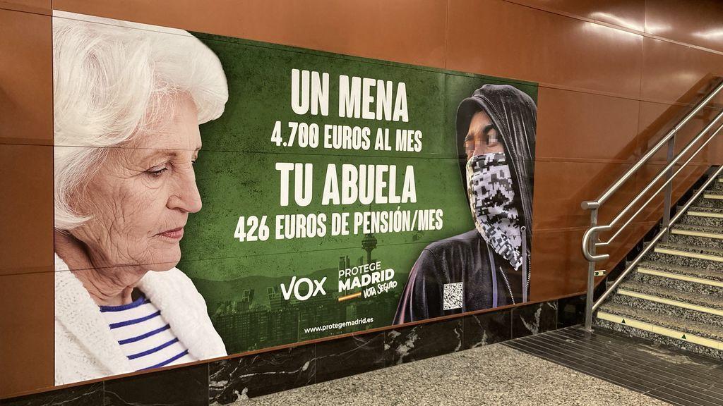 Cartel de propaganda de Vox en el Metro de Madrid