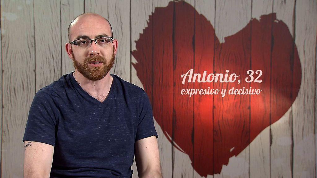 """Antonio está harto: """"Los hombres casados están destrozando el mundo gay, me cansa que nos utilicen por el morbo"""""""
