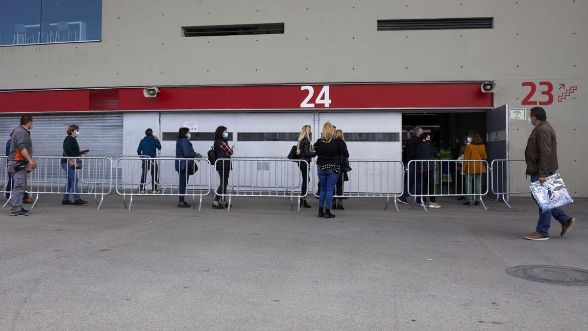 Madrid sube a 2.449 casos pero los hospitalizados por covid bajan