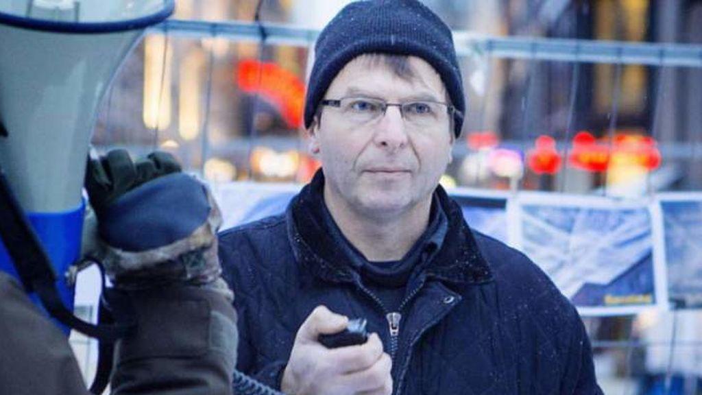 Un popular negacionista noruego que organizaba fiestas ilegales muere por coronavirus