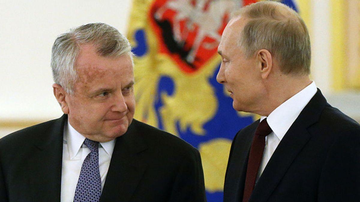 """Biden llama """"a consultas"""" a su embajador en Moscú"""