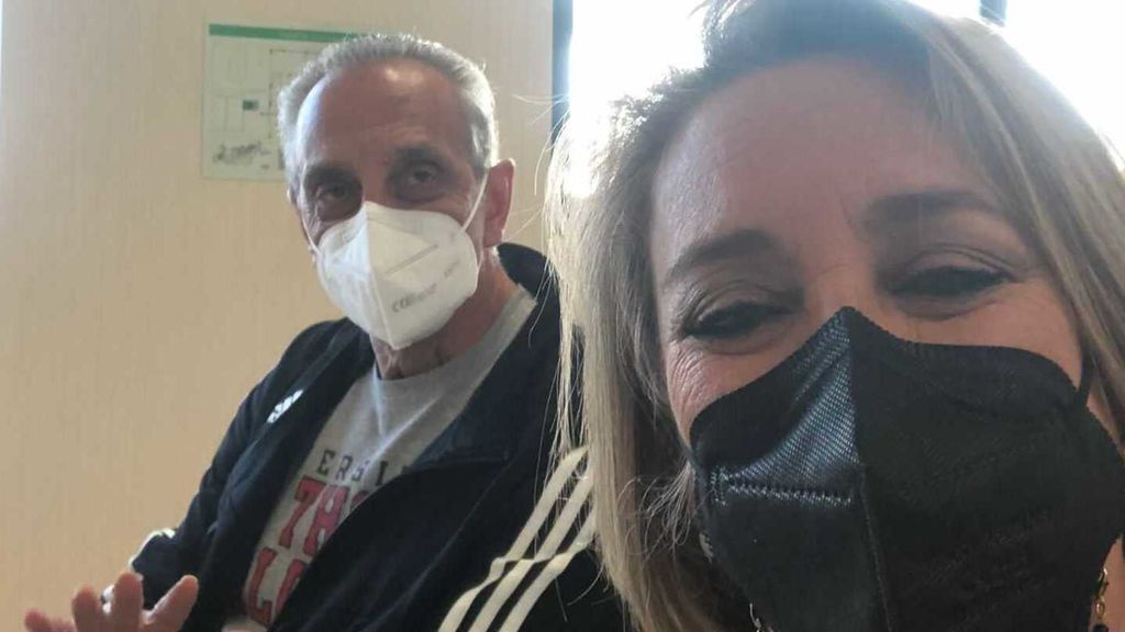 Amigos, los locos 80 y el miedo-alivio: diario de cuando me puse por fin la vacuna, por Esther Esteban