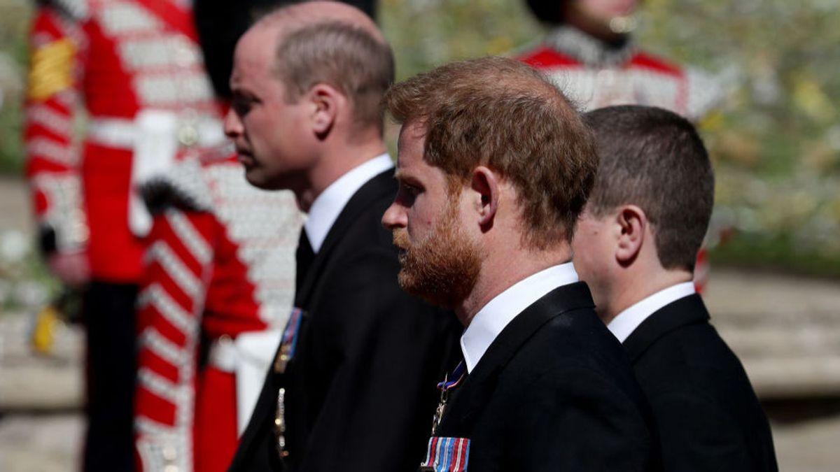 El príncipe Harry regresa a su casa después del funeral y se pierde el cumpleaños de su abuela, la reina Isabel II