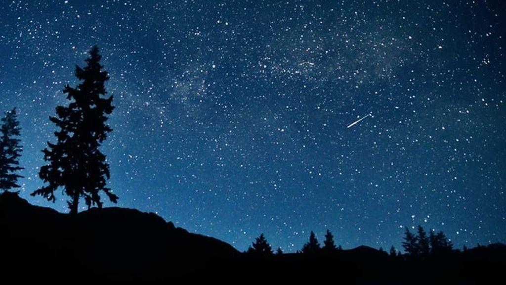 ¿Qué son realmente las 'lluvias de estrellas' y por qué ocurren siempre en las mismas fechas?