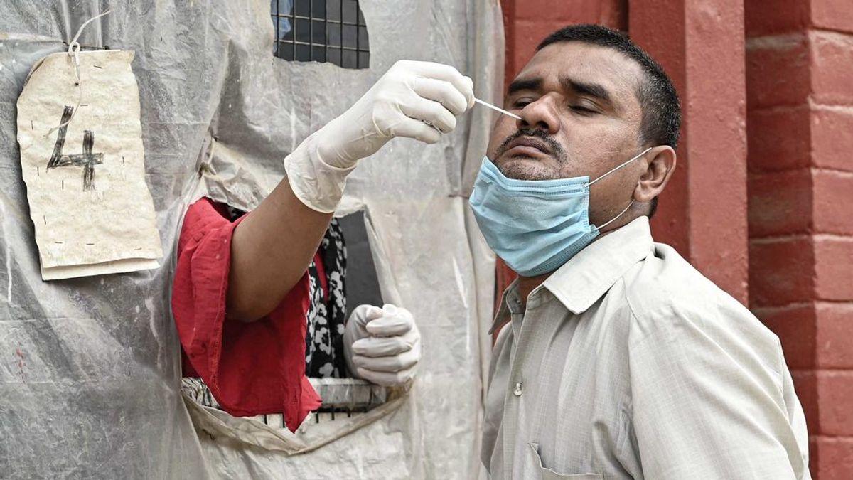 India se convierte en el primer país en registrar más de 300.000 casos de covid en un día