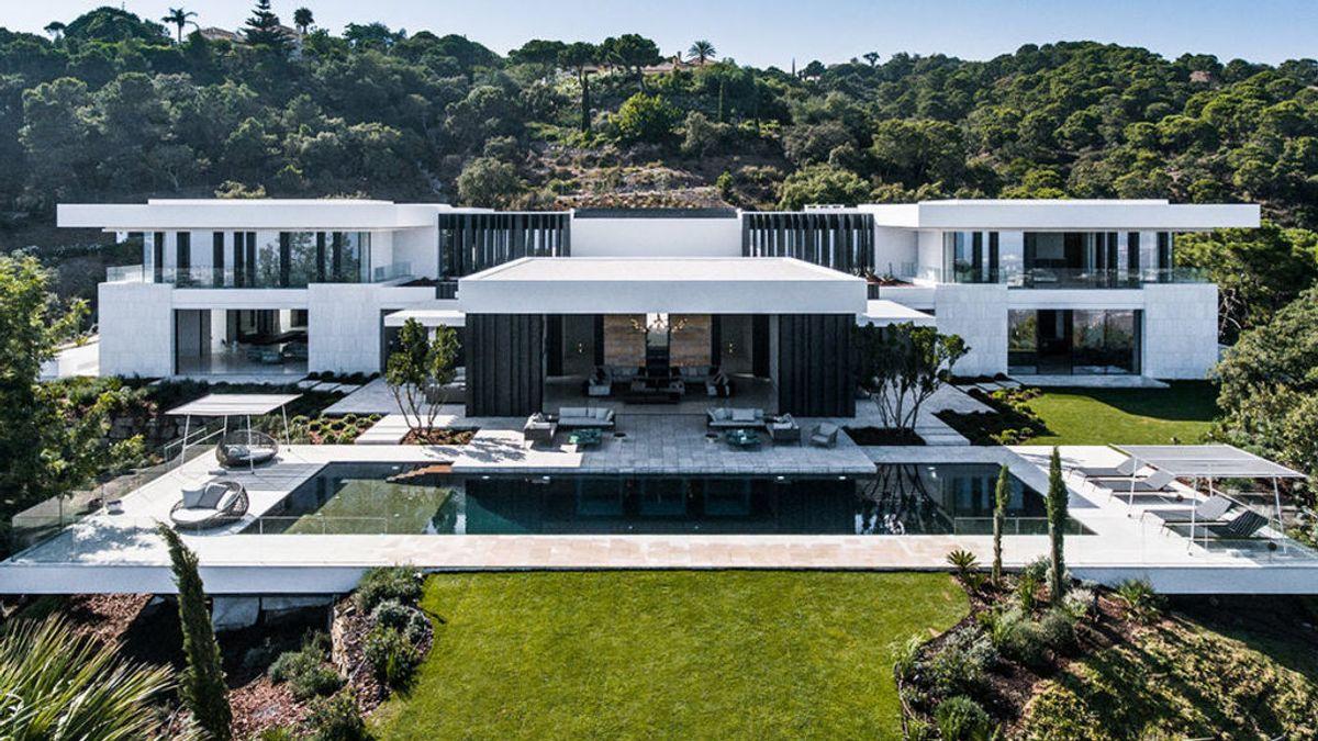 Villa Cullinan, esta ultra moderna y opulenta mega mansión en La Zagaleta, Marbella cuesta €32 millones.