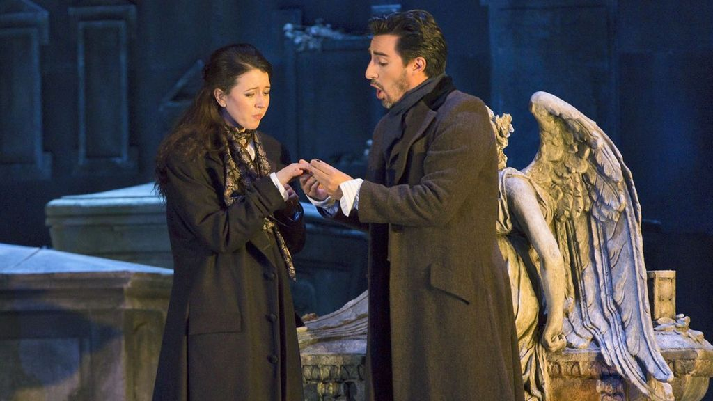 Lisette Oropesa y Charles Castronovo, en Lucia di Lammermoor, en la Royal Opera House, en 2017.