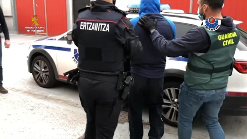 Dos detenidos en una operación contra el narcotráfico en Euskadi y La Rioja