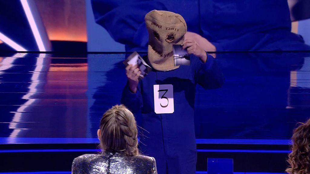 Paupi vuelve a aterrar a los miembros del jurado con su número de magia
