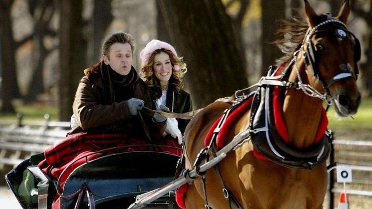 Coches de caballos: la razones por optar por uno de ellos para llegar a tu boda