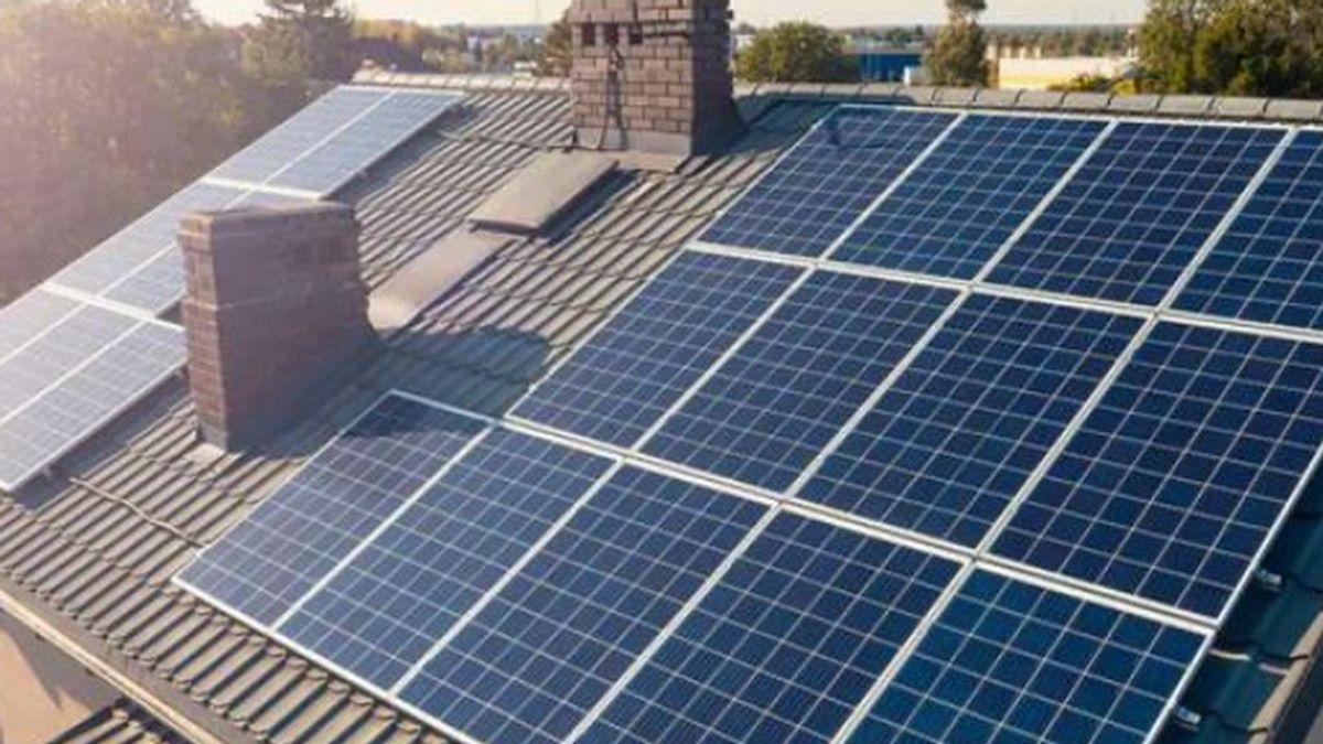 ¿Cuánto puedo ahorrar con placas solares en la factura eléctrica?