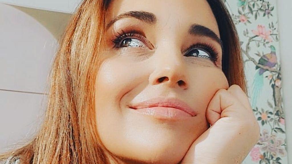 """Paula Echevarría supera con éxito el primer paseo de Miki: """"La experiencia es un grado"""""""