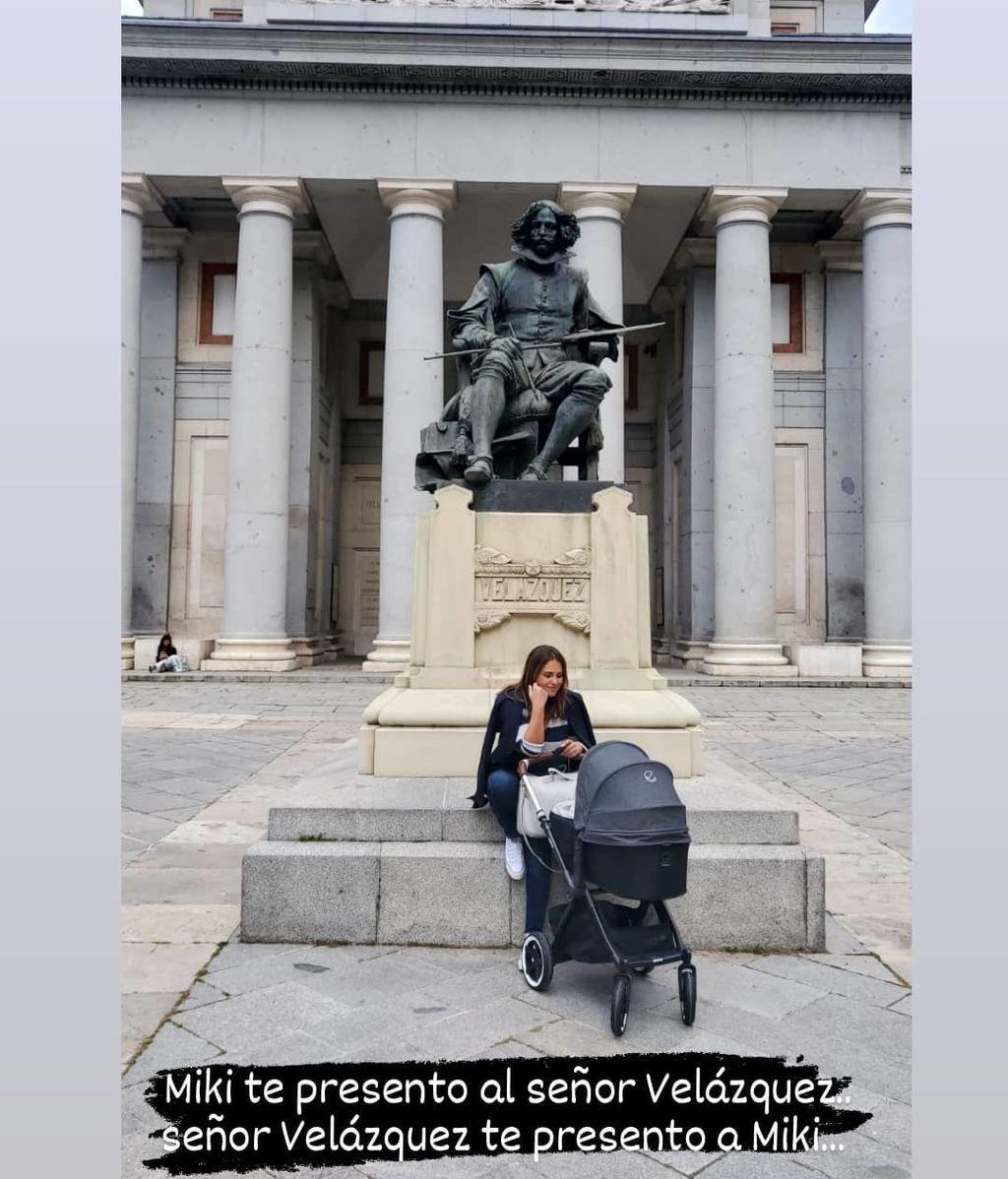Paula Echevarría da su primer paseo con su hijo Miguel