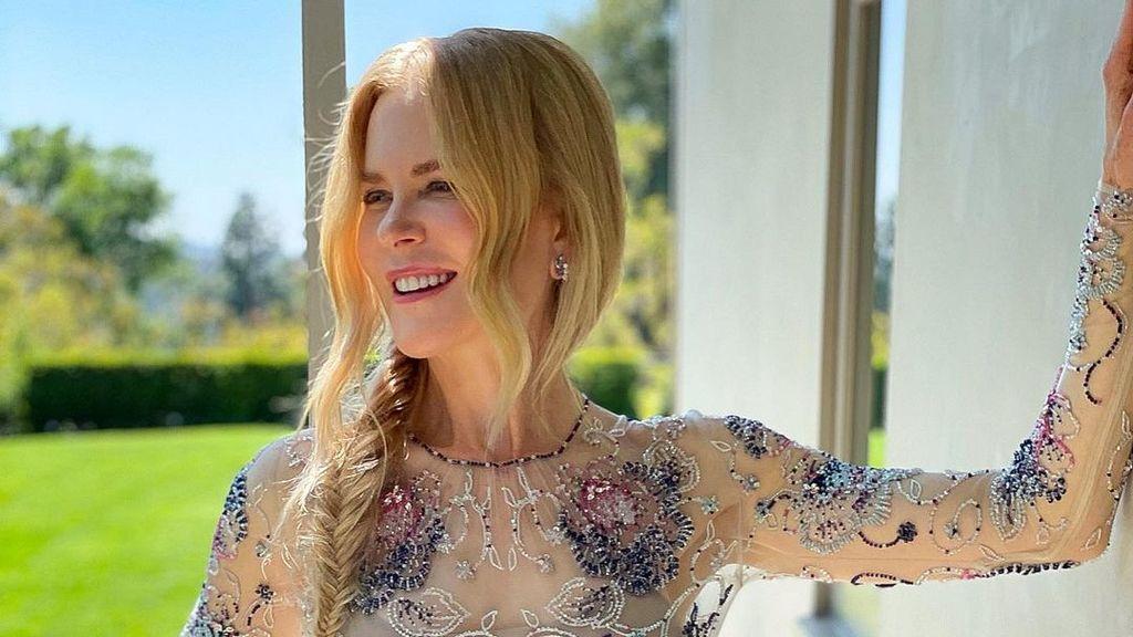 La regresión de Nicole Kidman: emula en su salón la forma de disfrutar de los Oscar pandémicos
