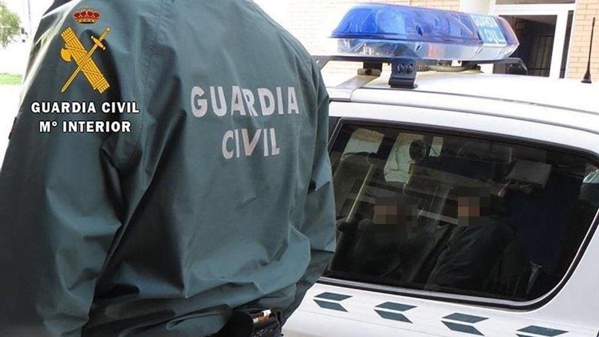 La policía interviene una fiesta con 50 personas en una finca alquilada en El Campello, en Alicante