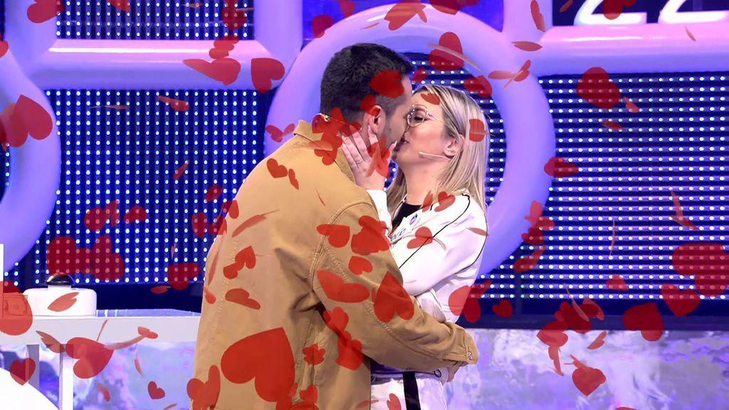 ¡Kevin le pide matrimonio a Rocío en 'El concurso del año'!