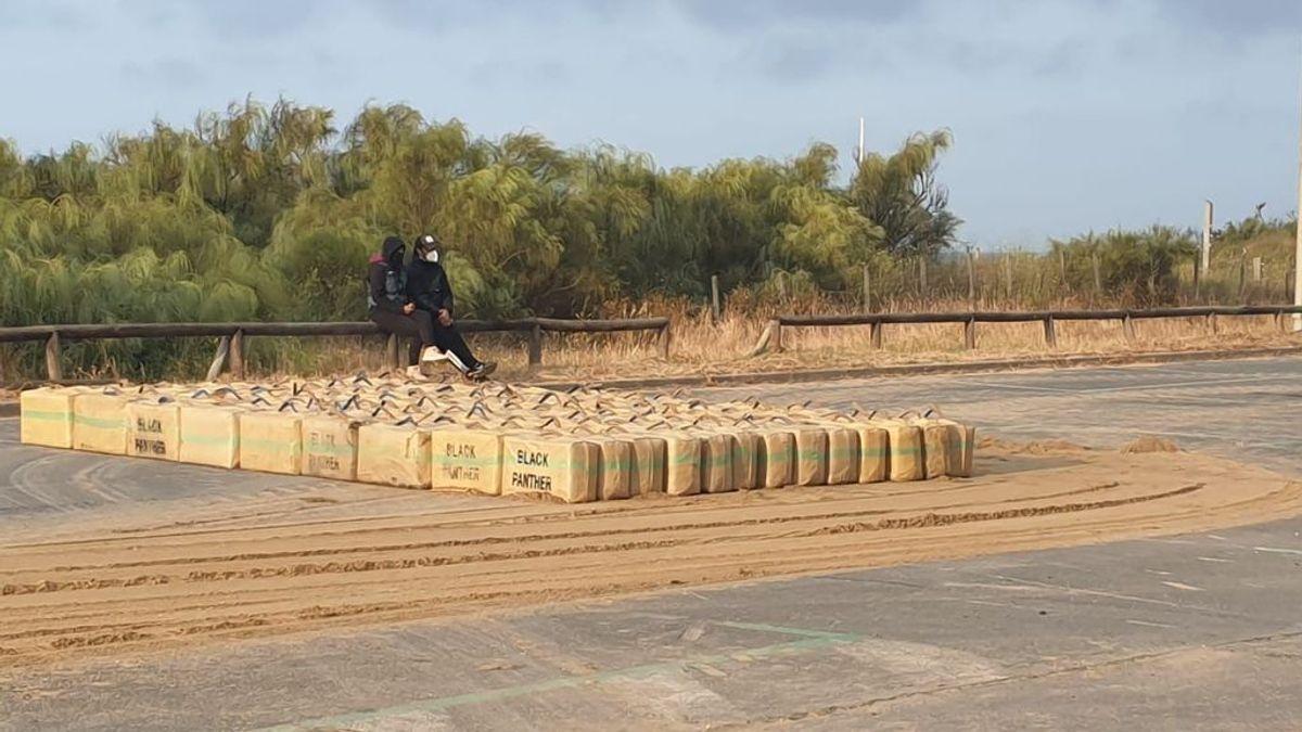 Intervienen en Huelva 3.500 kilos de hachís y dos narcolanchas