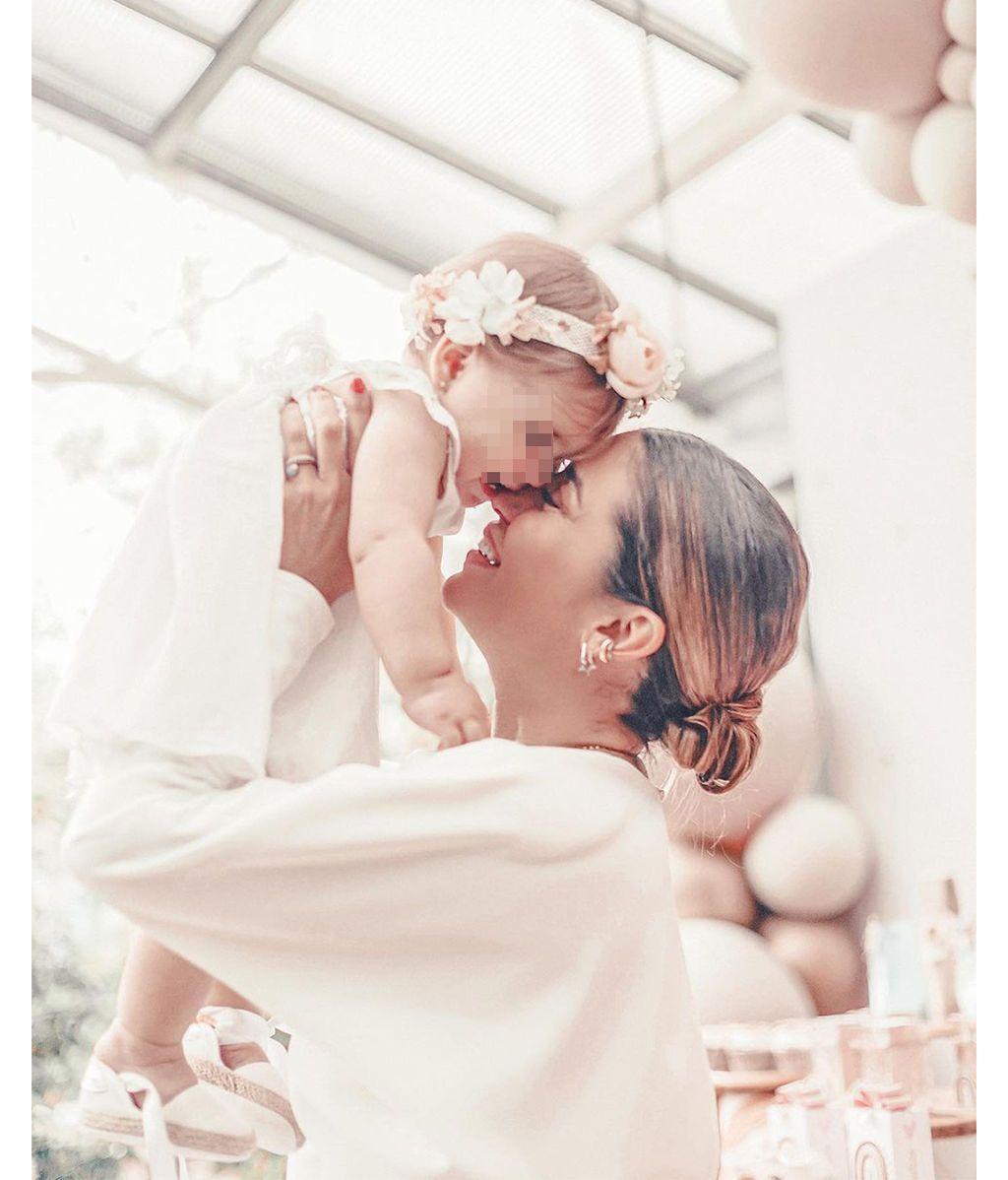 El bautizo de Camila, la primera hija en común de Elena Tablada y Javier Ungría
