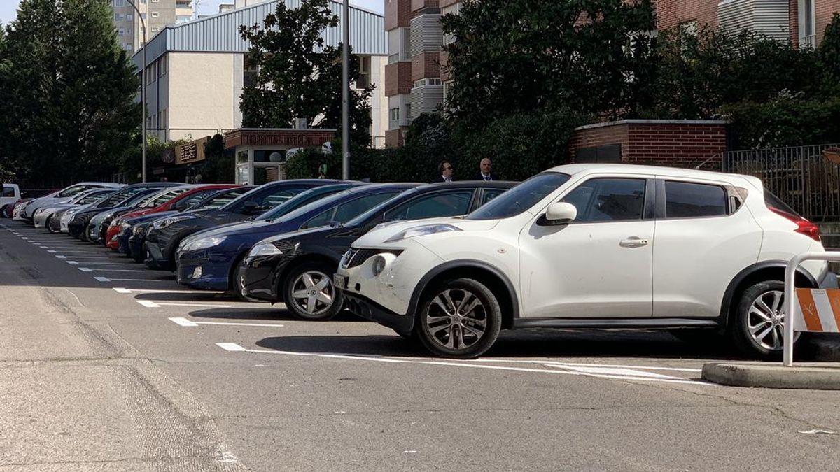 Los ayuntamientos serán los que decidan si los coches pagarán el aparcamiento según su tamaño