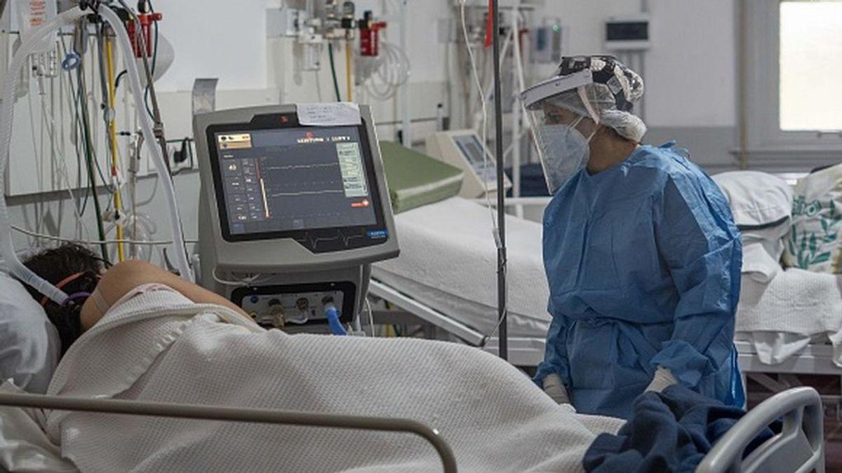 """Los expertos en Argentina se muestran preocupados por la """"saturación"""" del sistema sanitario"""