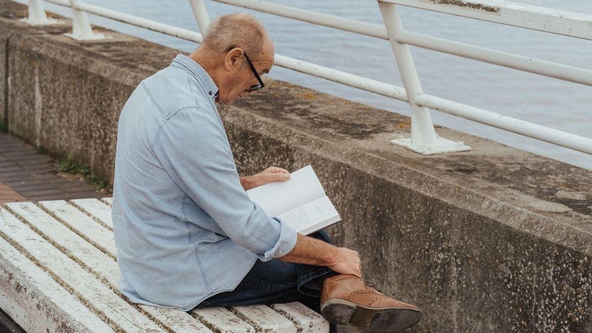 """Crean las primeras gafas inteligentes contra la presbicia 'made in Spain': """"Enfocas como antes"""""""