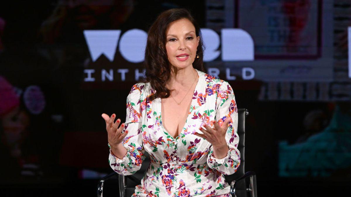 La actriz Ashley Judd comparte en redes sus cicatrices tras partirse la pierna por cuatro sitios