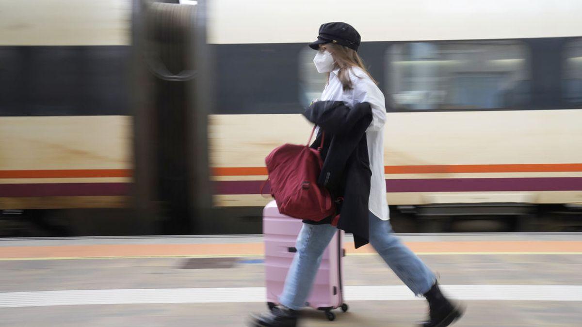 Millones de personas esperan el 9 de mayo para viajar pero no está claro si podrán hacerlo