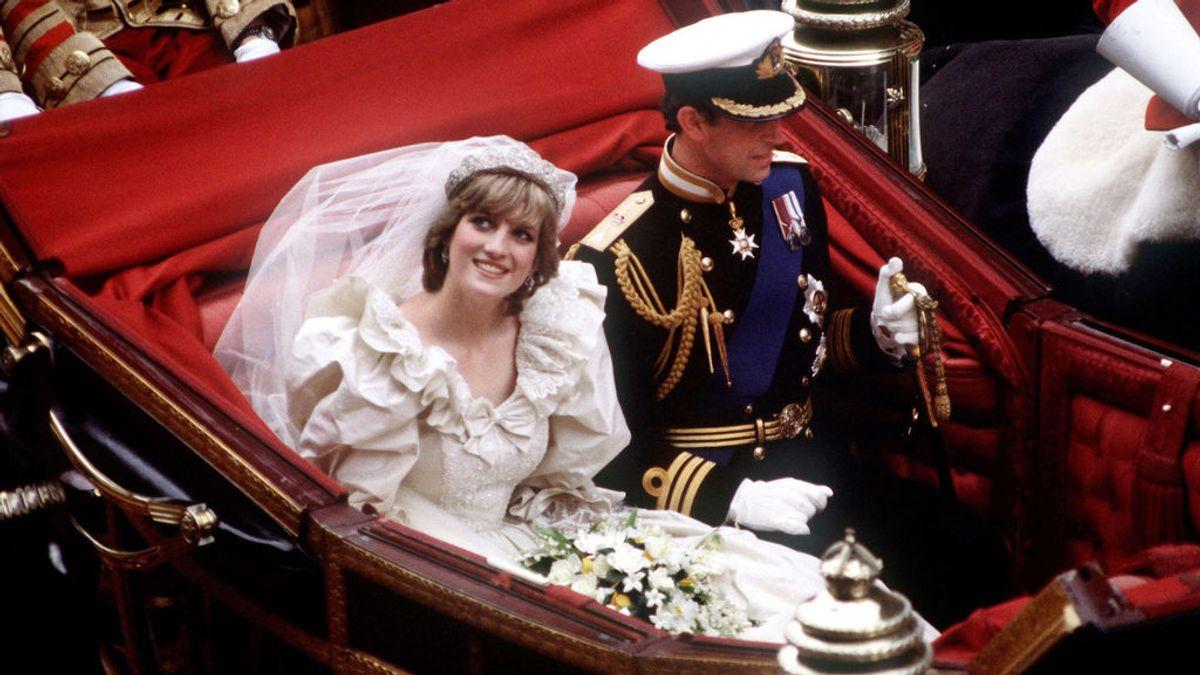 Los hijos de Lady Di llegan a un acuerdo para exhibir su vestido de novia