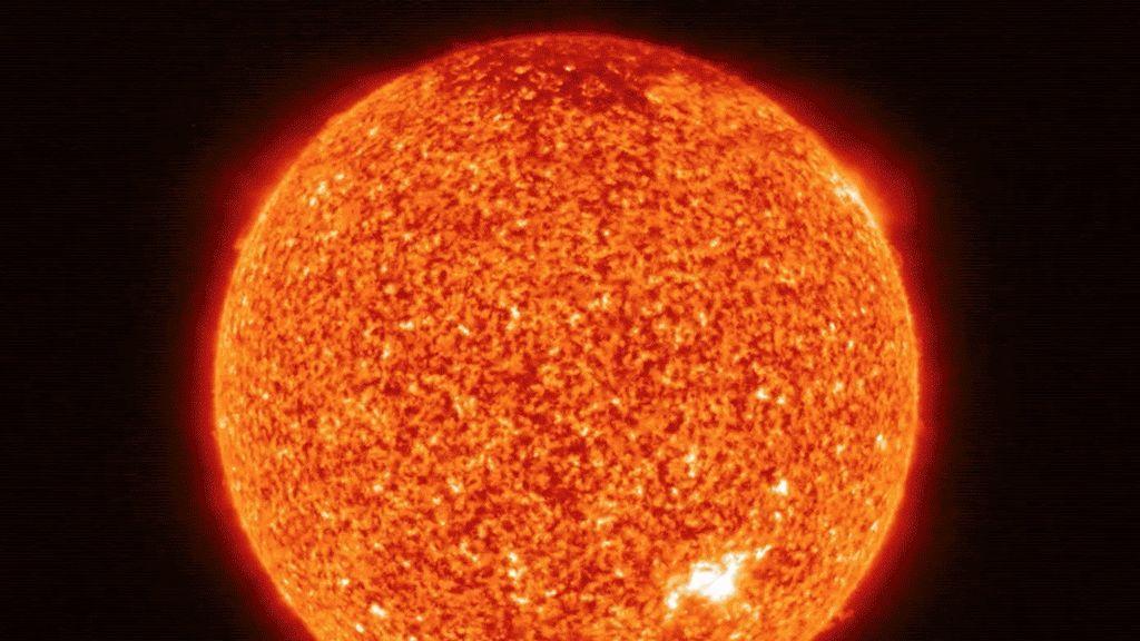 Resuelto uno de los mayores misterios del Sol: así calientan las 'fogatas' su atmósfera a un millón de grados