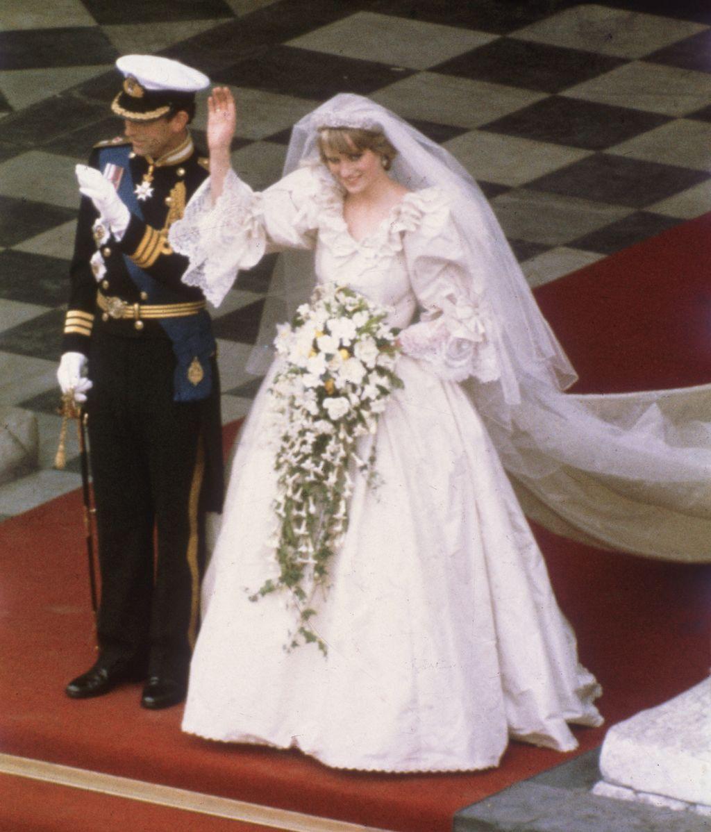 Diana y Carlos el día de su boda