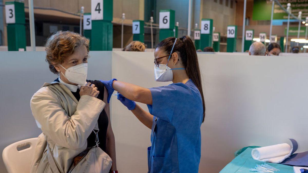 Los andaluces con 68 años o más ya pueden pedir cita para vacunarse contra COVID-19