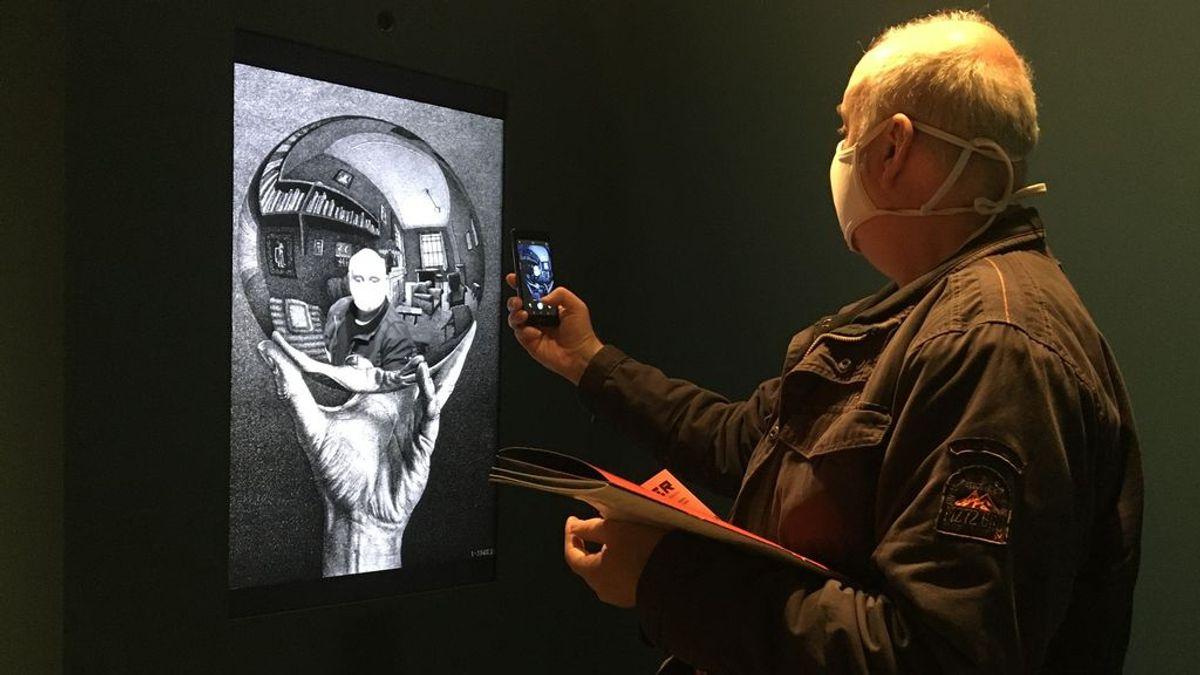 Escher, el maestro de las figuras y mundos imposibles, aterriza en Barcelona
