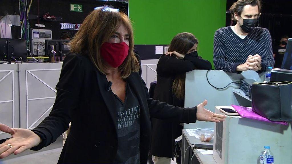 María Patiño, llora presa de un ataque de nervios tras un ataque de Miguel Frigenti: ha dado 'me gusta' por error a un tuit que atacaba a Belén Esteban